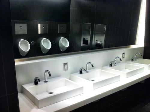 Lightbox_bathroom
