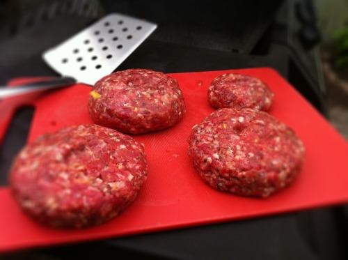 Cheeseburgers_outside