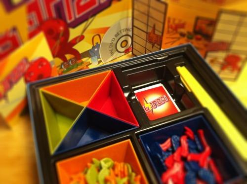 Bonzai_box_open
