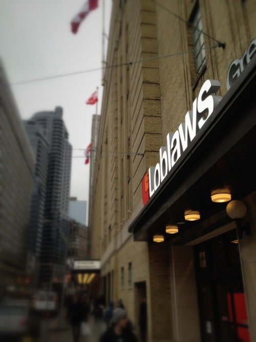 Loblaws_outside